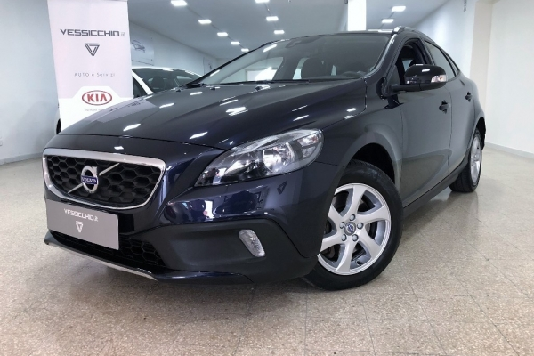 Volvo V40 Cross Country 19